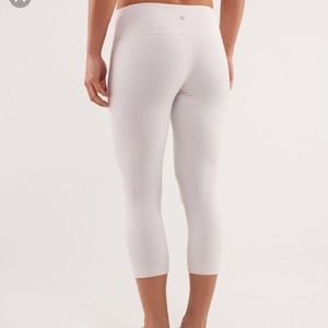 Lululemon gingham white wunder under crops